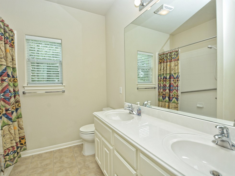 018_3rd Bathroom