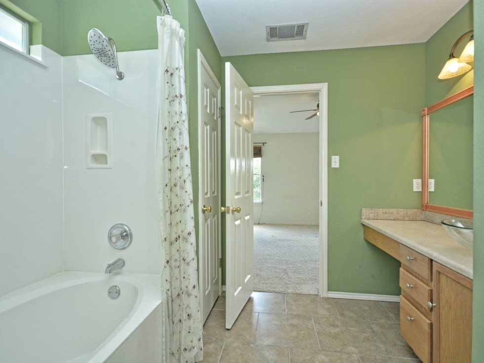 018_Master Bathroom 2
