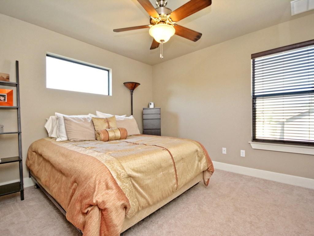 017_2nd Bedroom