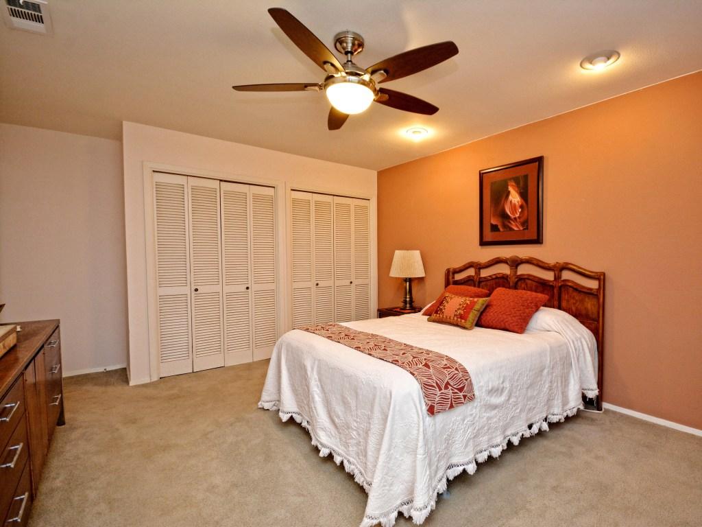 021_Master Bedroom3