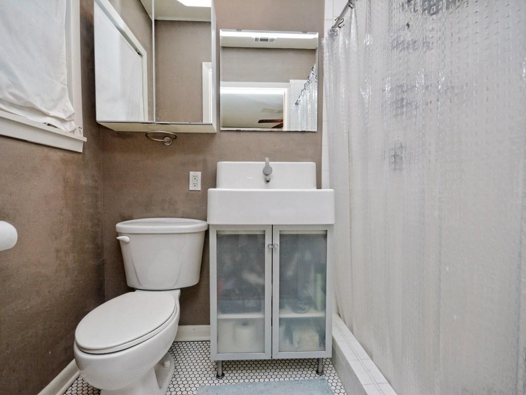 014_Master Bathroom