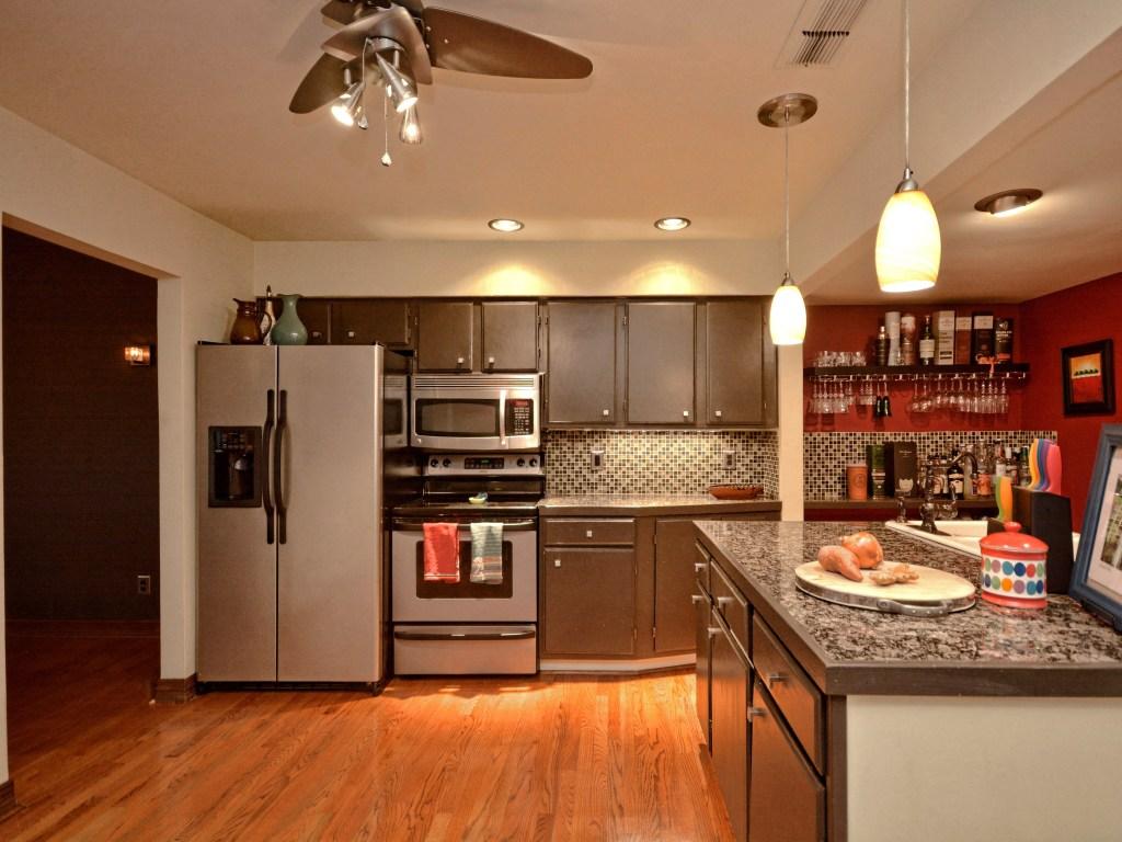 008_Kitchen