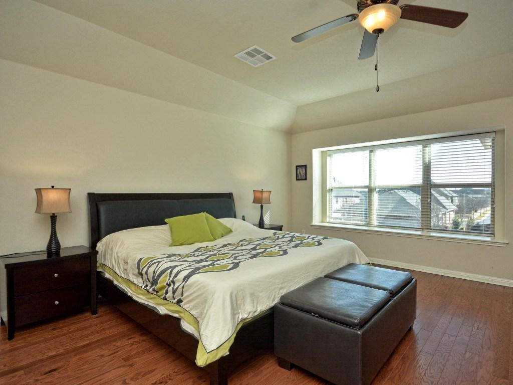 012_Master Bedroom