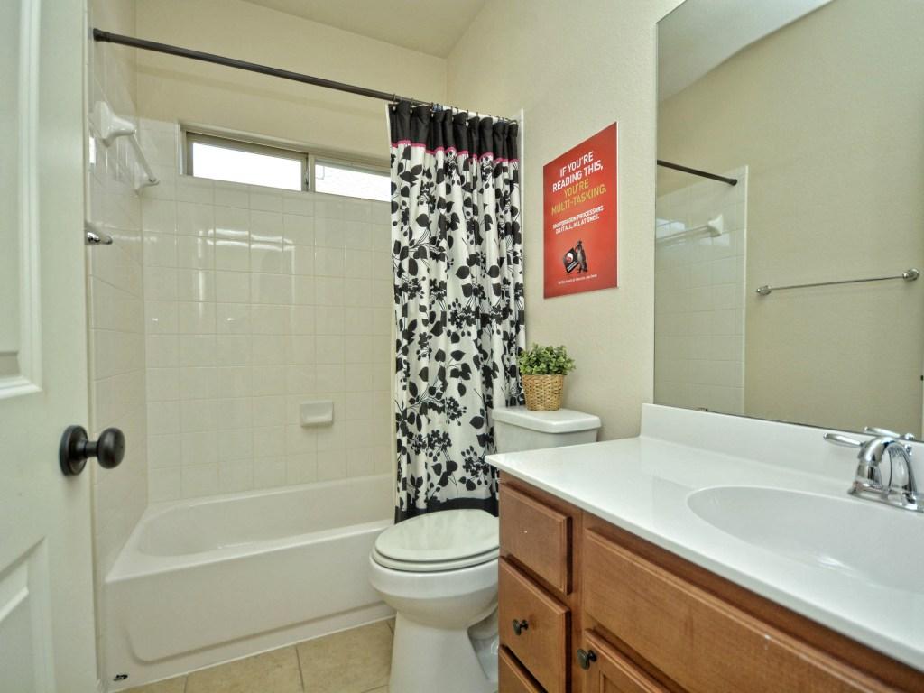 019_3rd Bathroom