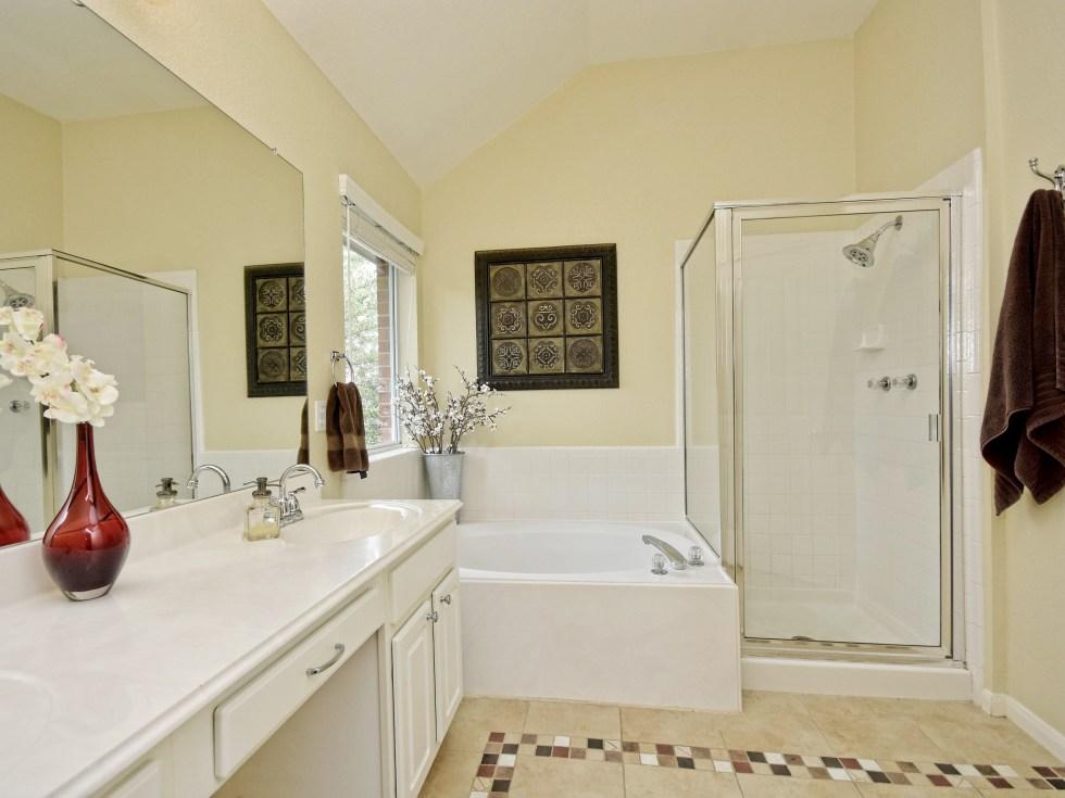 016_Master Bathroom