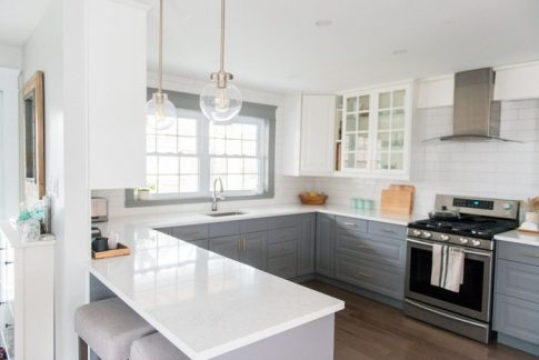 A-gray-and-white-kitchen-makeover-using-IKEA-cabinetry-quartz-countertops-subway-tile-and-gold-hardware.-Click-through-for-the-full-source-list-how-tos1