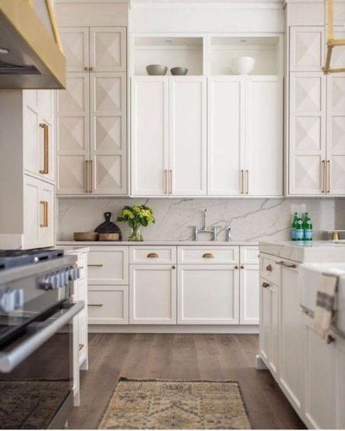BECKI-OWENS-Design-Trend-Two-Toned-Kitchen2