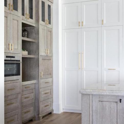 BECKI-OWENS-Design-Trend-Two-Toned-Kitchen8